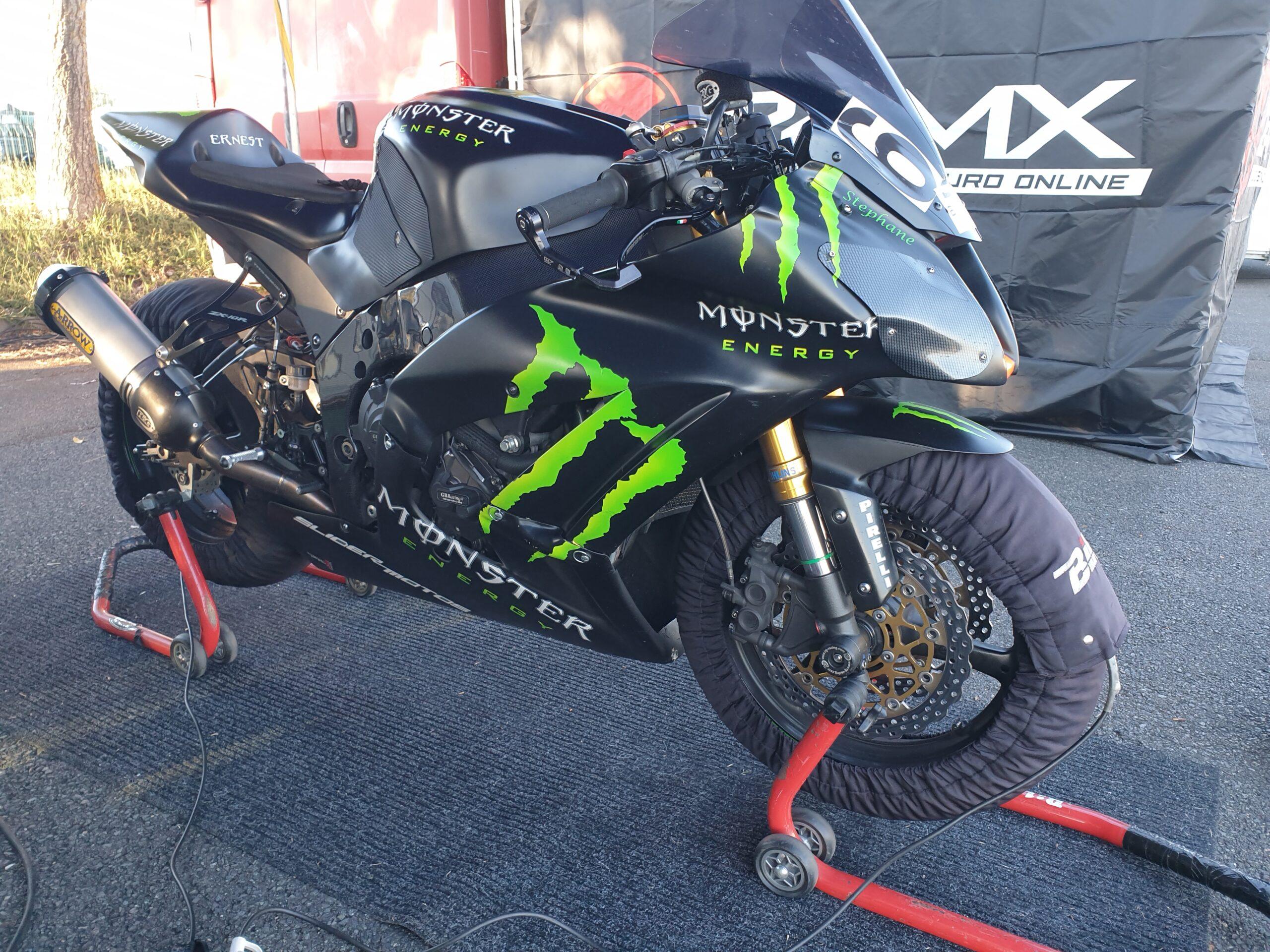 Kawasaki ZX10R piste